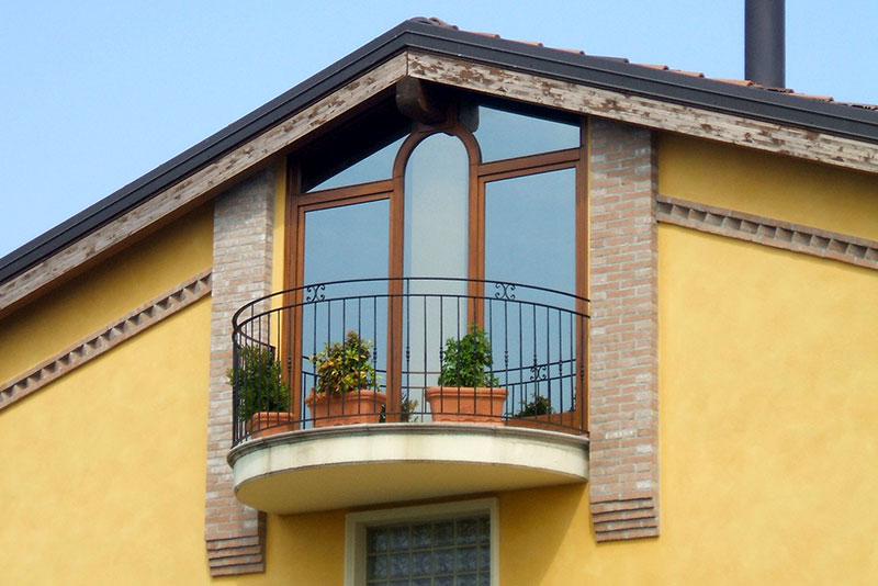 Balcony with windows and French windows